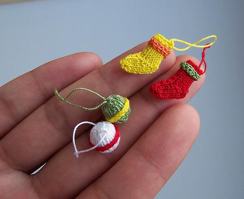 Как сделать маленькие вещи для кукол своими руками